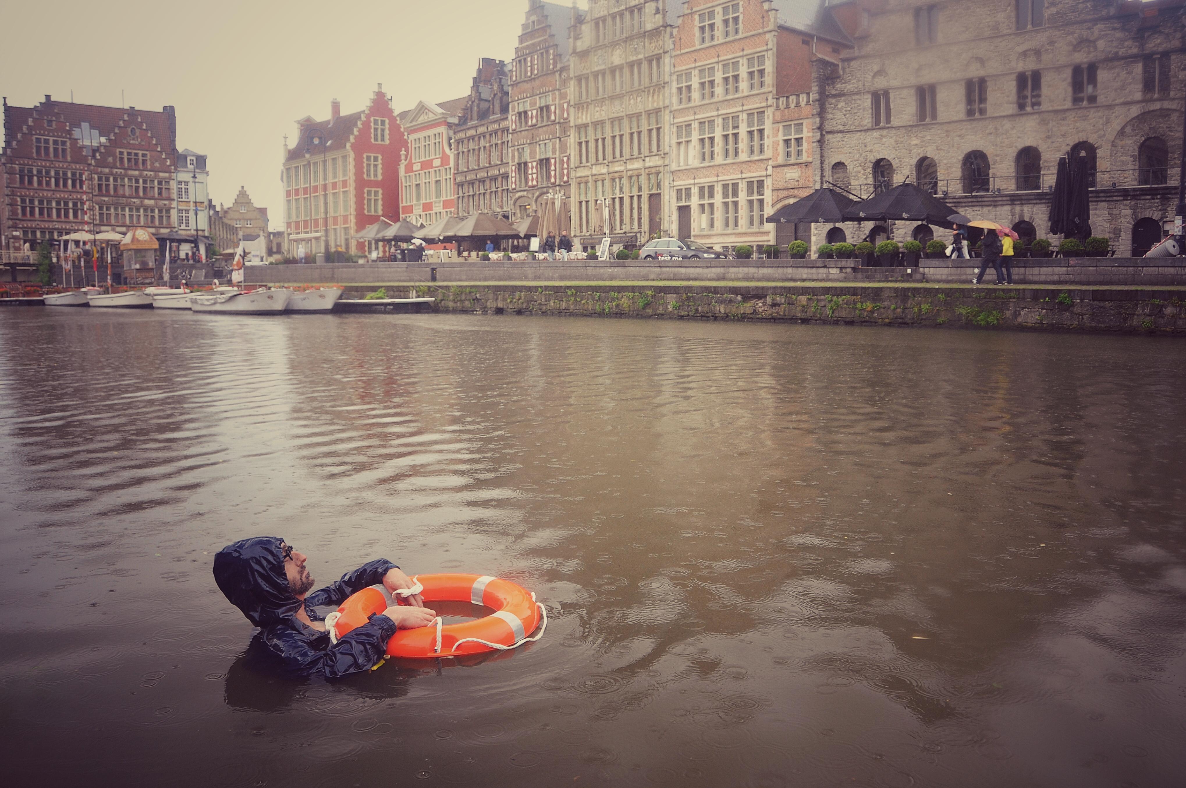 Drowning Wo/Man – Schellekens